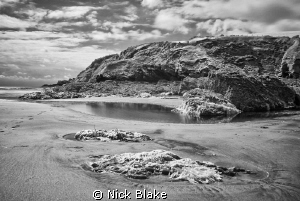 Cornwall coastal view at low tide, Divefest 2012, Pentewa... by Nick Blake 